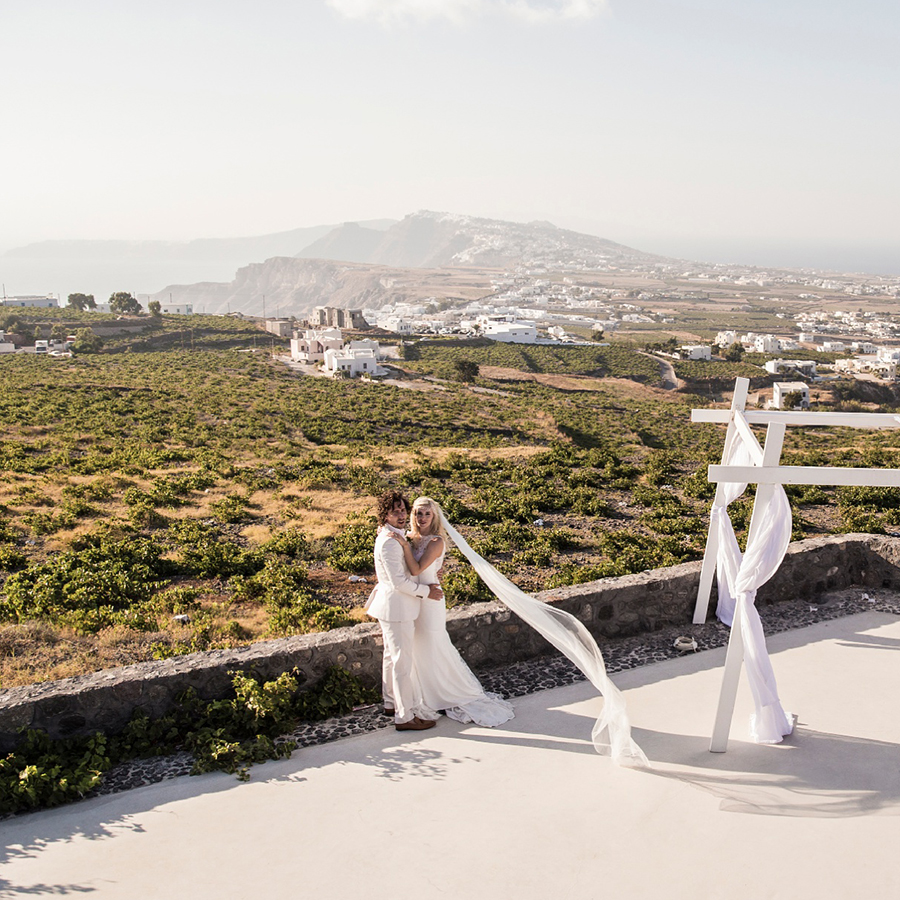 Santorini-Gem-Wedding-Photography-Greece_